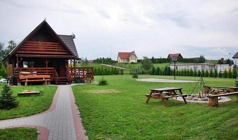 Dom nad jeziorem Głuszyńskim